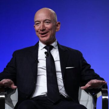 The World Richest Man, Jeff Bezos, To Step Down as Amazon CEO Today
